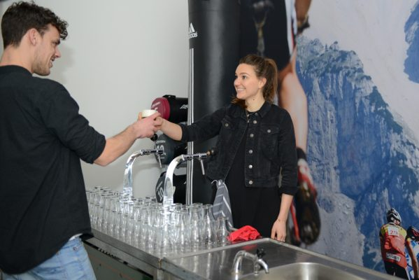 event-reportage-opening